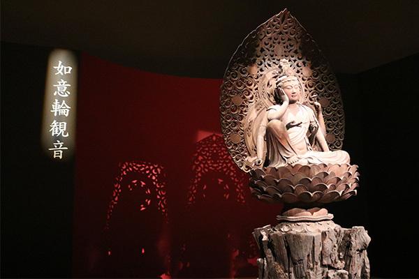 肥後定慶作「六観音菩薩像」より「如意輪観音菩薩坐像」(鎌倉時代・貞応3年(1224年)、大報恩寺)