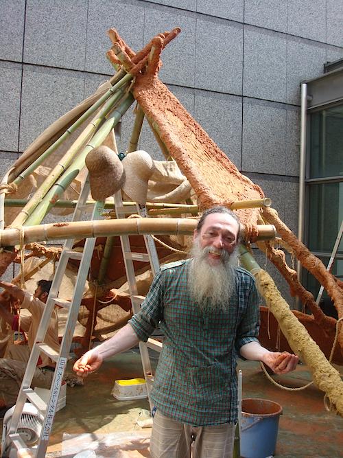 ヴァルサン・クールマ・コッレリ《バープ オブ ジ アース》/愛知芸術文化センター10階 愛知県美術館、12階 屋上庭園 「港芸術監督が私を指名してくださったのが嬉しい。ずっと日本に来たかったので、やっと夢が叶いました」