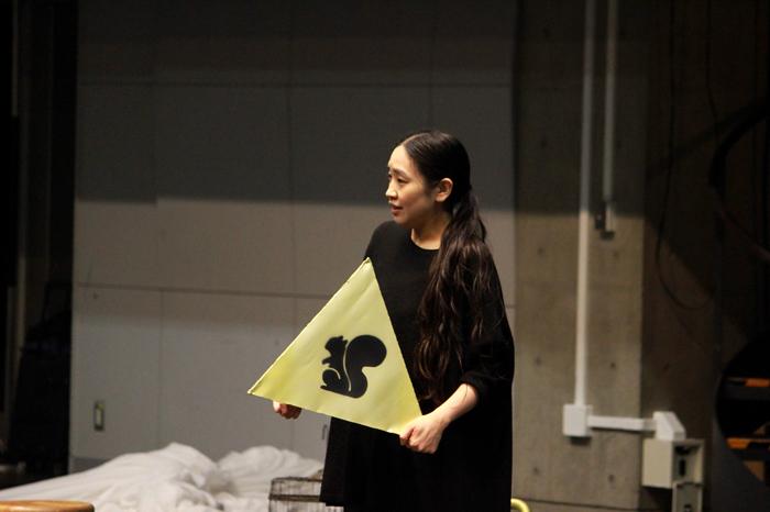 お母さん役などを演じる成田亜佑美