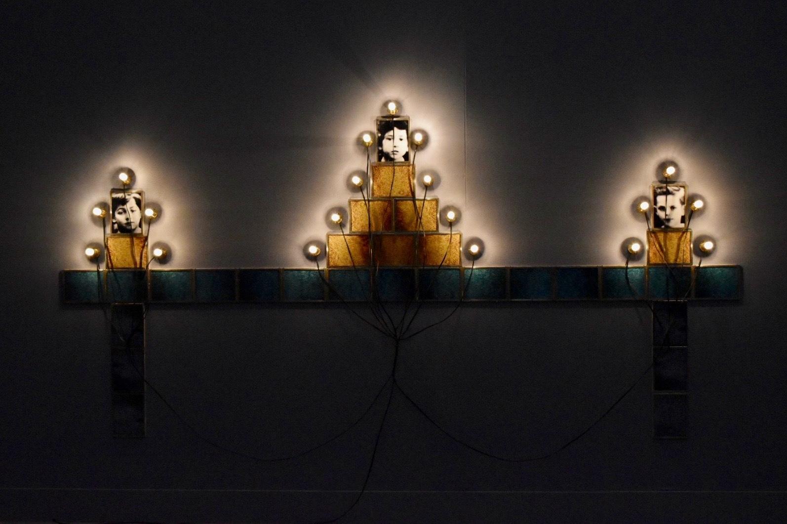 《モニュメント》 1986年 「クリスチャン・ボルタンスキー −Lifetime」展 2019年 国立新美術館展示風景