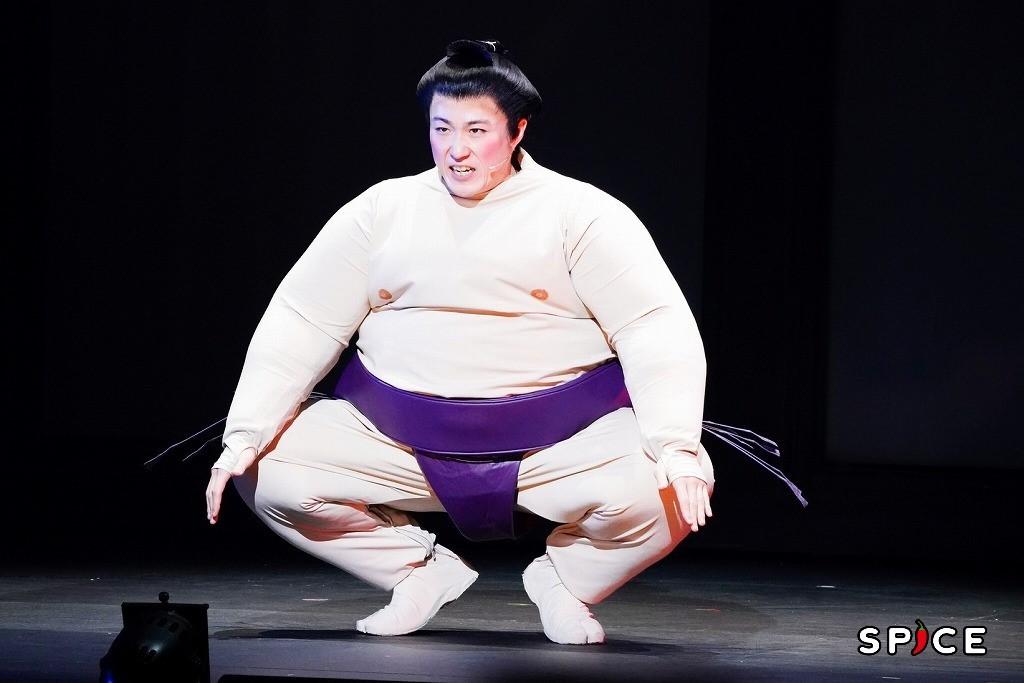 『両国花錦闘士』ゲネプロの様子 撮影=田中亜紀