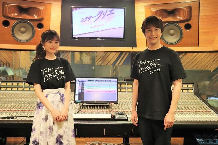 (左から)生田絵梨花、海宝直人