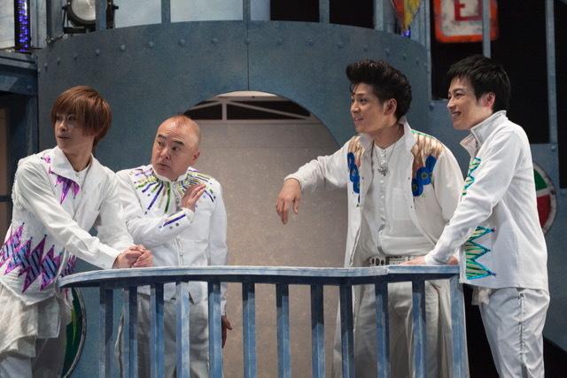 (左から)赤澤燈、酒井敏也、井澤勇貴、鈴木勝吾