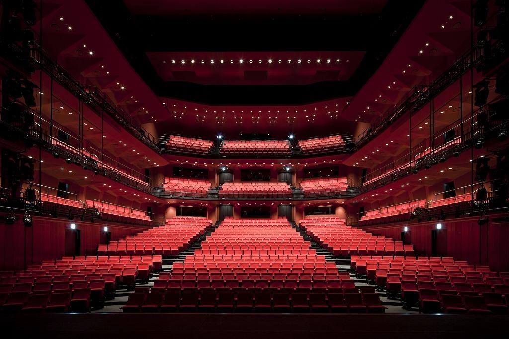 KAAT神奈川芸術劇場 ホール