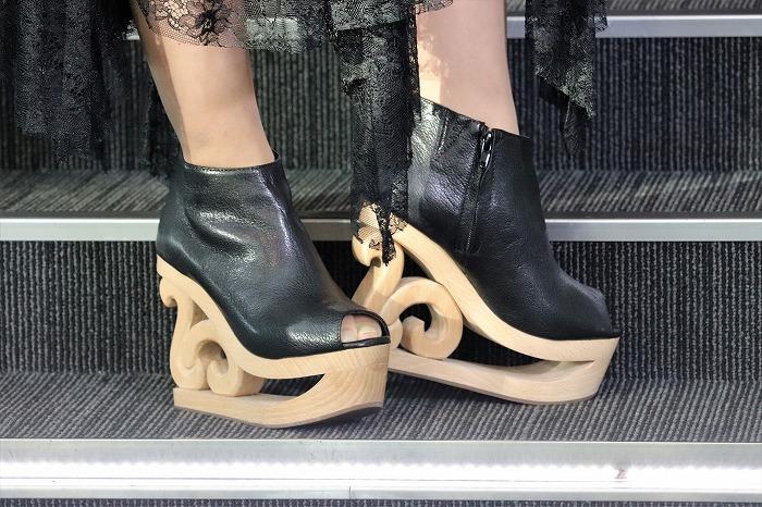 【おまけ】この日、村上が履いていたブーツがこちら。スケート靴のようなデザインがカワイイ!