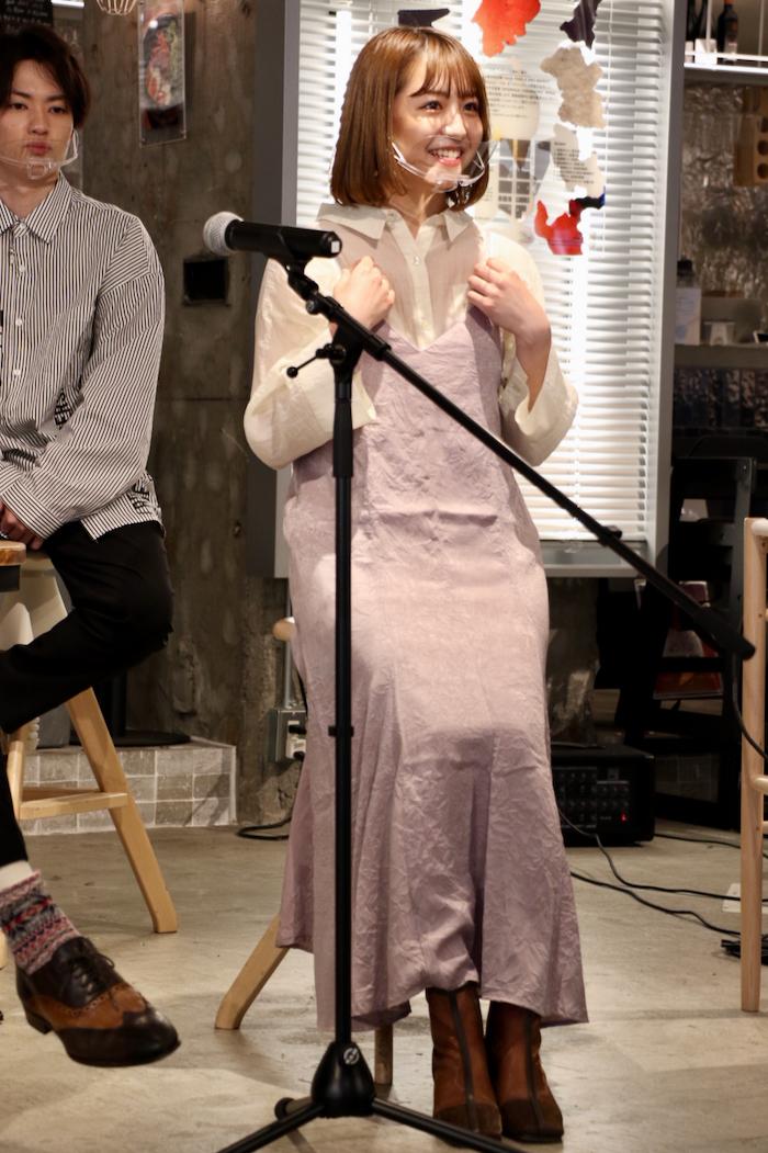 衣装テーマ:休日の私 浜崎「夫のテルと公園デートをするようなイメージできました」