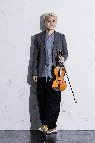 ヴァイオリニスト・NAOTO、ニューアルバム「Polyvalent」から冴え渡るロック楽曲のミュージックビデオを公開