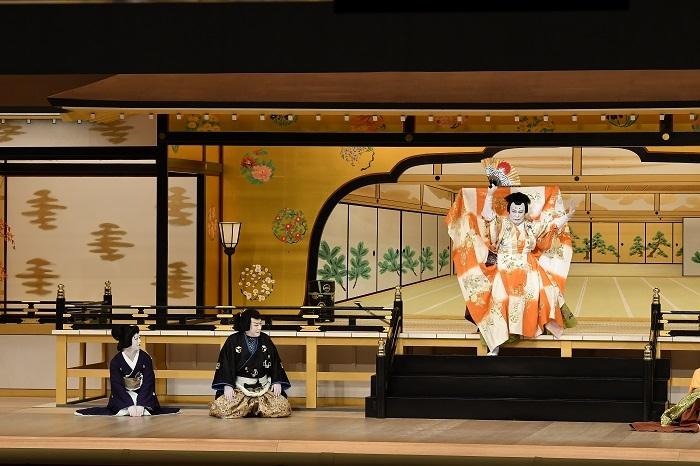 第三部『一條大蔵譚』左より、女房お京=中村壱太郎、吉岡鬼次郎=中村芝翫、一條大蔵長成=松本白鸚 (C)松竹