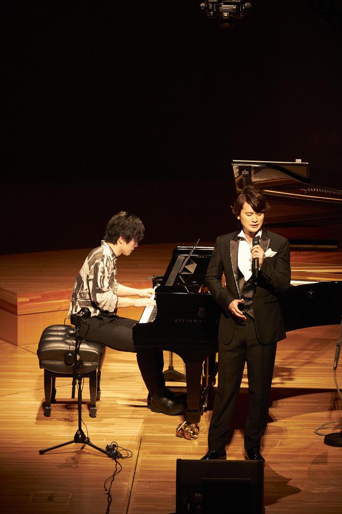 大井健(ピアノ)、日野真一郎(LE VELVETS)