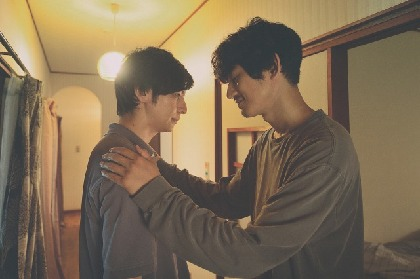 生田斗真と瑛太、意味深2ショットが示す複雑な関係とは 映画『友罪』場面写真&メイキング映像を解禁