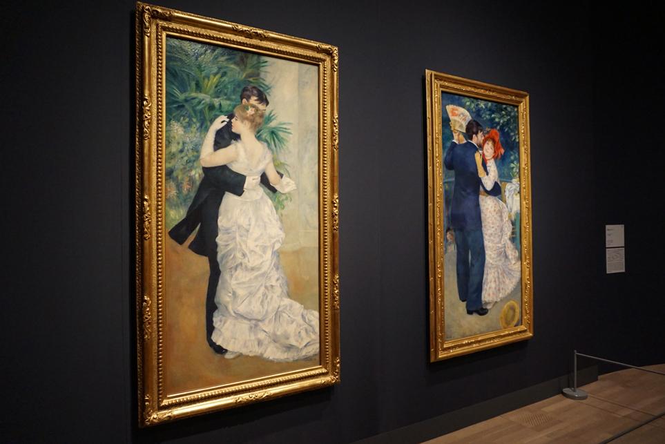 左《都会のダンス》 1883年、油彩/カンヴァス オルセー美術館 右《田舎のダンス》 1883年、油彩/カンヴァス オルセー美術館
