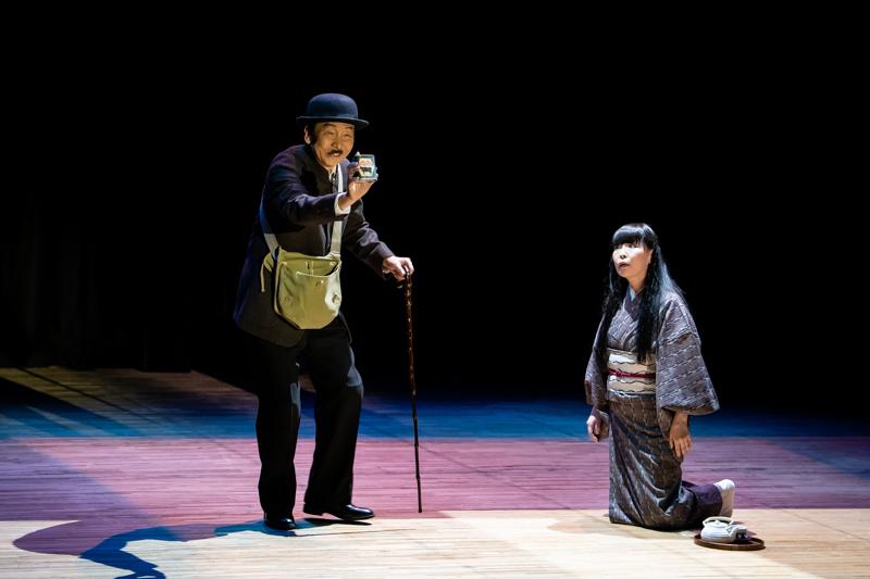 『八つ墓供養』短編の中に、邦楽囃子、舞踊、人間ドラマと、ユーモアまで詰まっている。