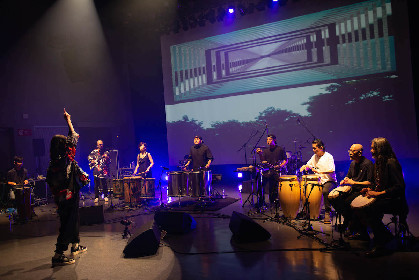 シシド・カフカ主宰、芳垣安洋、ACIDMAN・浦山、SPYAIR・KENTAら出演の即興パーカッション・ライブ『el tempo』を観た