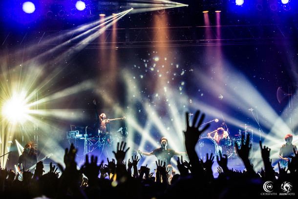 「Crossfaith Japan Tour 2015」東京・Zepp Tokyo公演の様子。