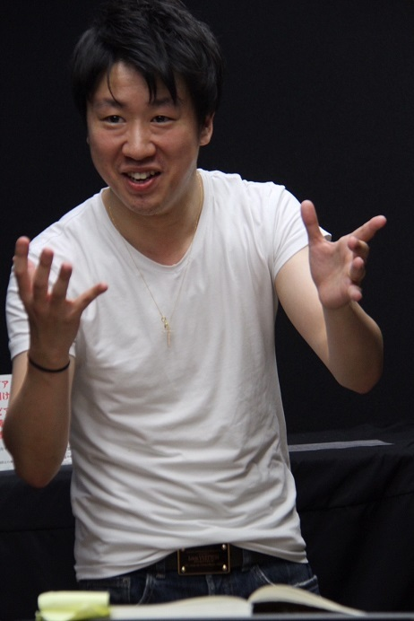 「ばらの騎士」のソリストプロ―ヴェを指揮する川瀬賢太郎 (C)H.isojima