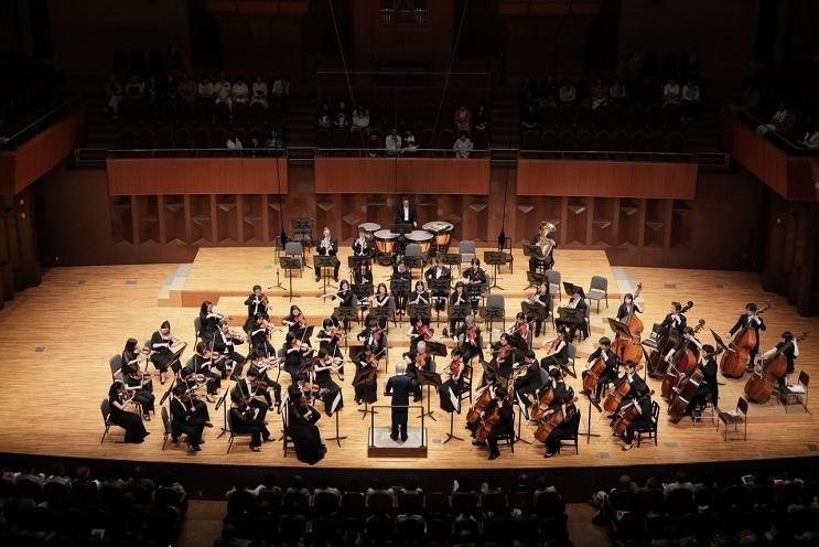 創立40周年を迎える大阪交響楽団 (C)飯島隆