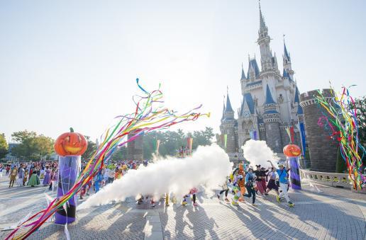 スタートの様子 (C)Disney