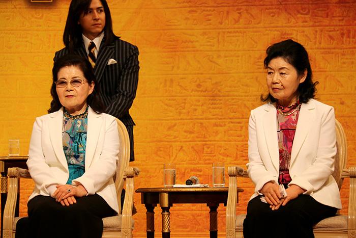 姉妹でご登壇いただきました!(左から)細川智栄子先生、芙~みん先生
