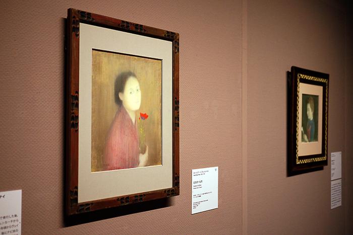ヨージェフ・リップル=ローナイ《花を持つ女性》1891年│オルセー美術館