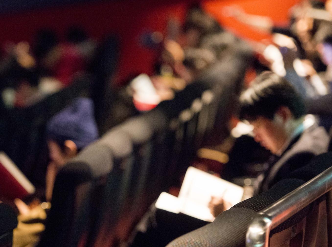 実際の映画館で行われる「ある映画館からの脱出」