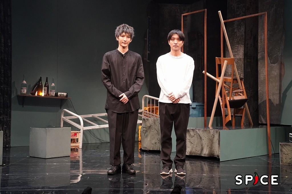 (左から)梅津瑞樹、粟島瑞丸 カメラマン:金丸 圭