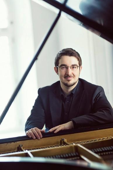 シャルル・リシャール=アムラン(ピアノ) ©Elizabeth Delage