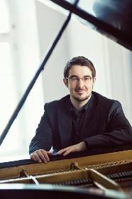 シャルル・リシャール=アムラン(ピアノ) 作品自体をじっくりと聴かせるピアニストを目指したい
