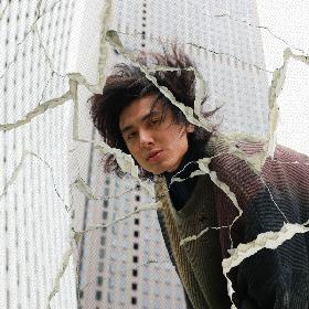 藤井 風、初の日本武道館単独公演で初披露した新曲「へでもねーよ」「青春病」を同時デジタルリリース