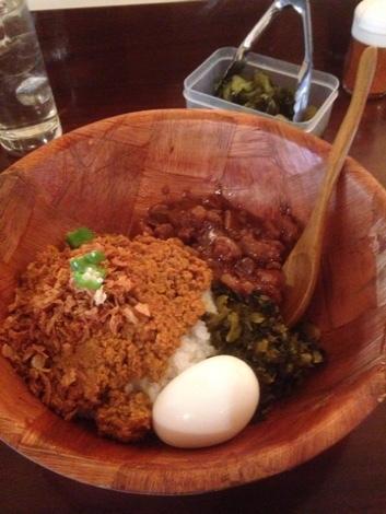 キーマ魯肉飯ハーフ
