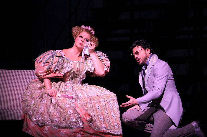 SOFIA FOMINA AS OLYMPIA,VITTORIO GRIGÒLO AS HOFFMANN (C) ROH. PHOTOGRAPHER CATHERINE ASHMORE