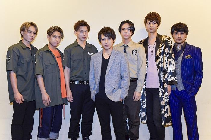 (左から)吉田広大、SHUN、加藤良輔、米原幸佑、三浦海里、中山優貴、倉貫匡弘