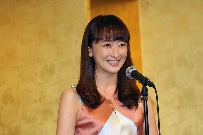 花總まり「第41回菊田一夫演劇賞」
