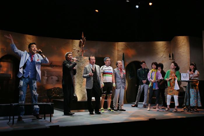 ラッパ屋の第42回公演「筋書ナシコ」(撮影:木村洋一)