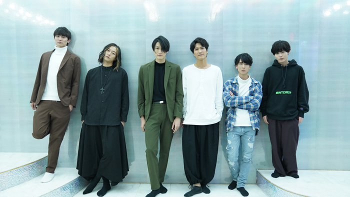 (左から)武藤賢人、橋本全一、磯野大、栗田学武、朝田淳弥、大崎捺希