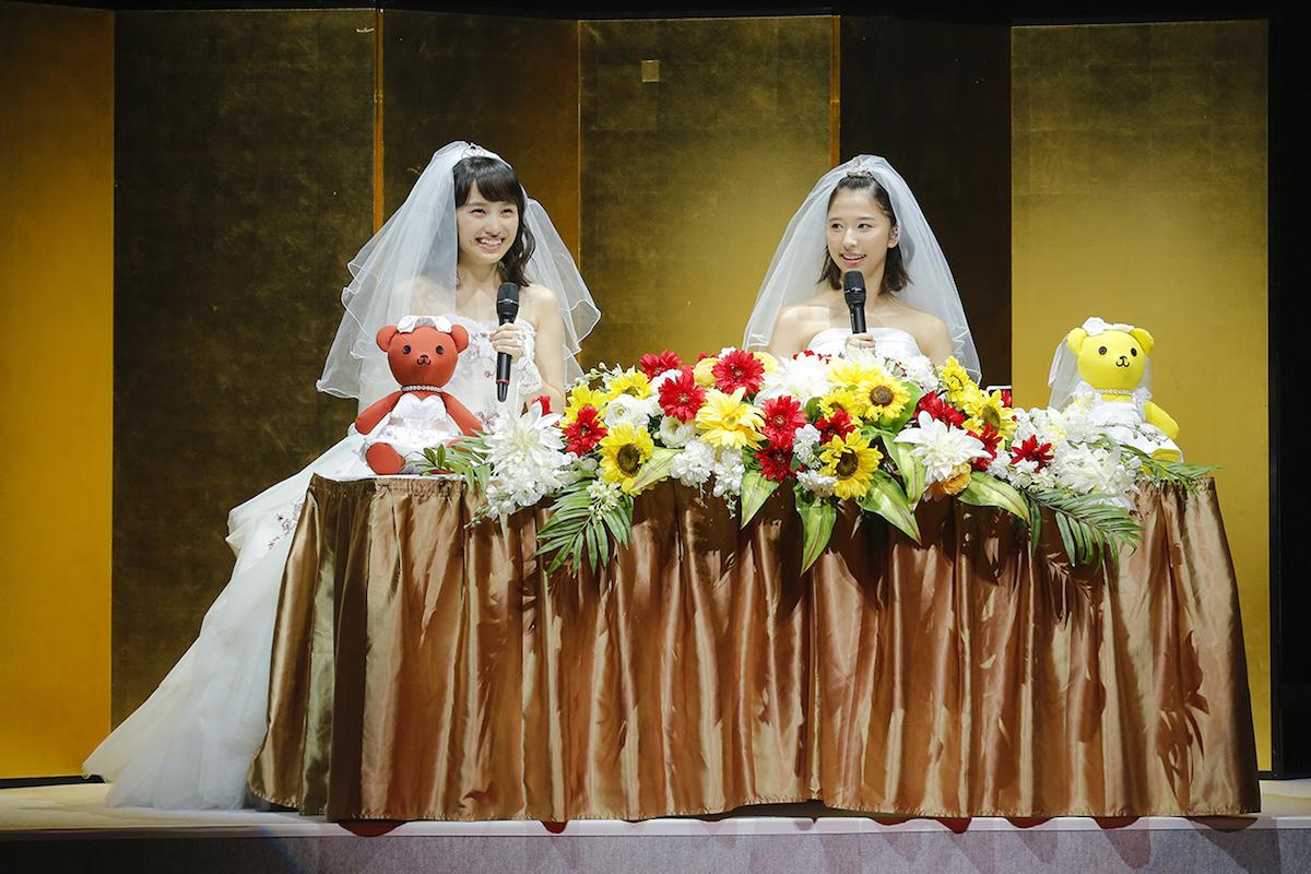 ももいろクローバーZ・百田夏菜子、玉井詩織 photo by HAJIME KAMIIISAKA