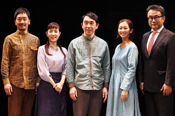 (左から)栗原英雄、戸田恵子、段田安則、優香、三谷幸喜