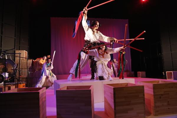 鳥の劇場『古事記』 撮影: 中島伸二