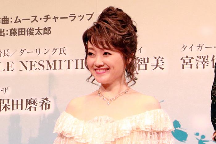 ダーリング夫人/入絵加奈子