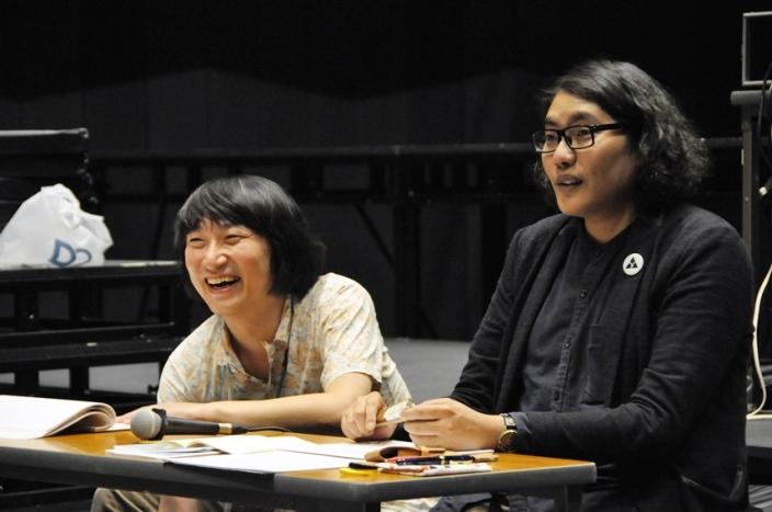 (左から)糸井幸之介(FUKAIPRODUCE羽衣)、木ノ下裕一(木ノ下歌舞伎)