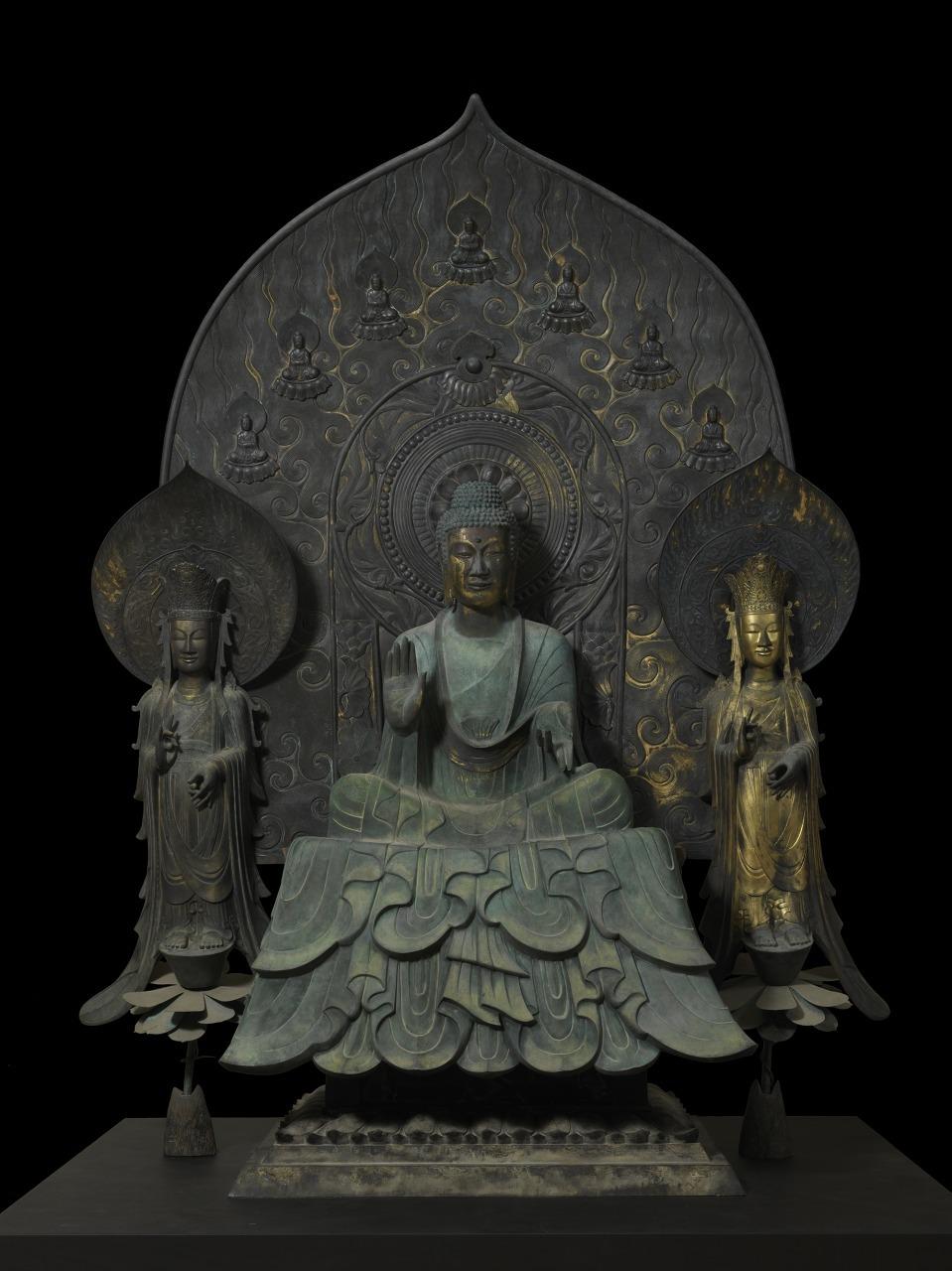 クローン文化財:法隆寺釈迦三尊像復元