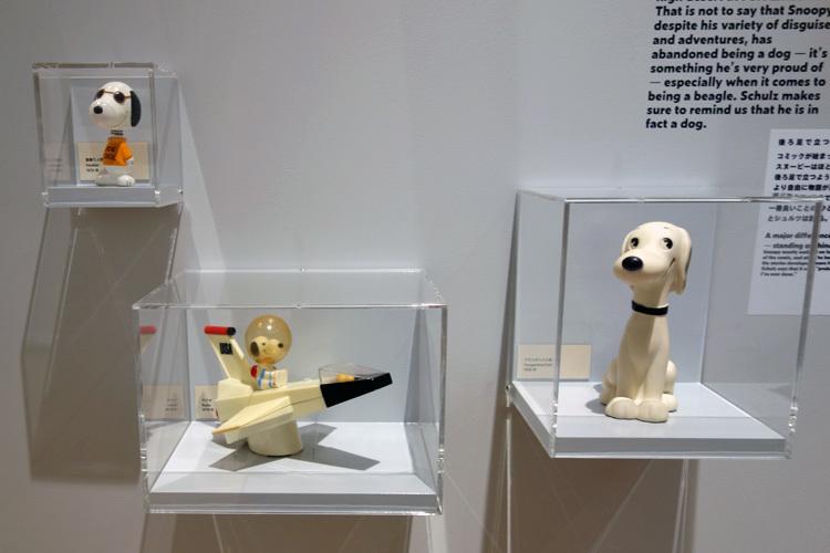 日本のコレクターから借り受けたビンテージグッズも多数展示。 (C) Peanuts Worldwide LLC