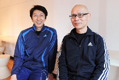 「自由はきっと心の中にある」 篠井英介と演出家・鈴木勝秀が語るコメディ『グローリアス!』の音痴な歌手の魅力とは?
