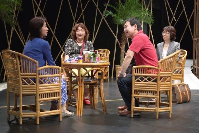 「豊岡演劇祭2020」で13年ぶりに再演される、青年団『眠れない夜なんてない』より [撮影]青木司