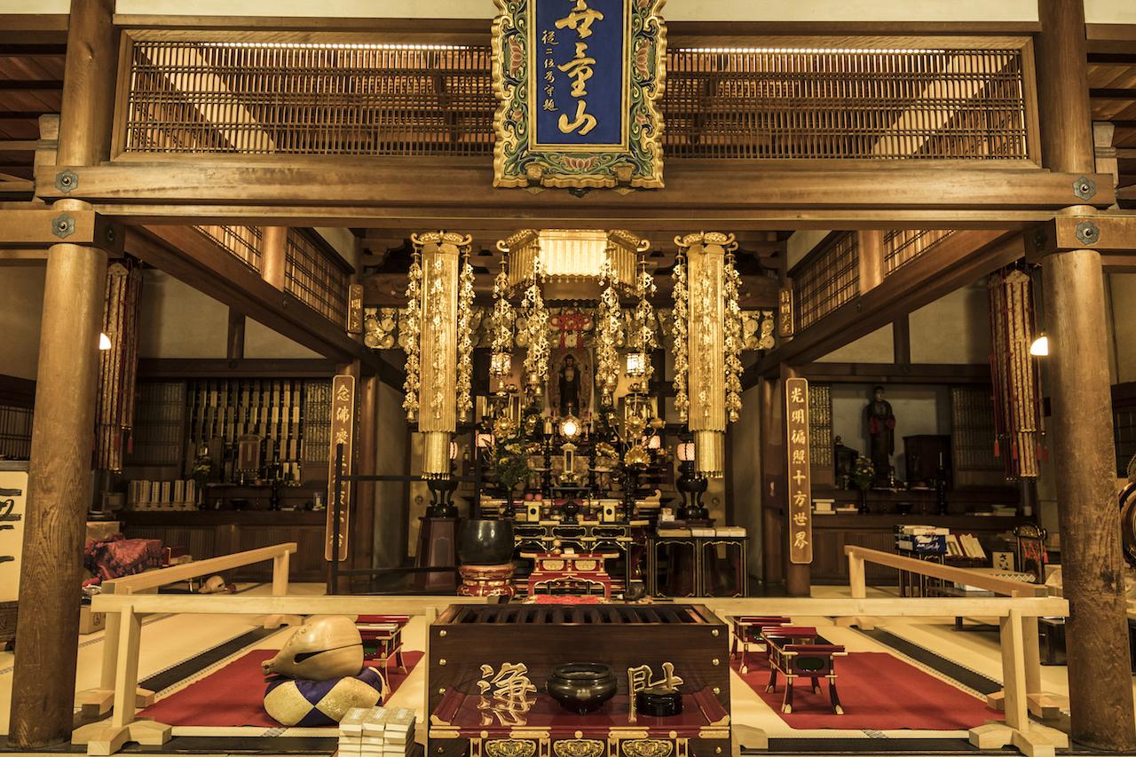 宝蔵寺の本堂
