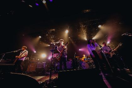 ASIAN KUNG-FU GENERATIONがいま鳴らすロックの形、アルバム『ホームタウン』ツアーを観た