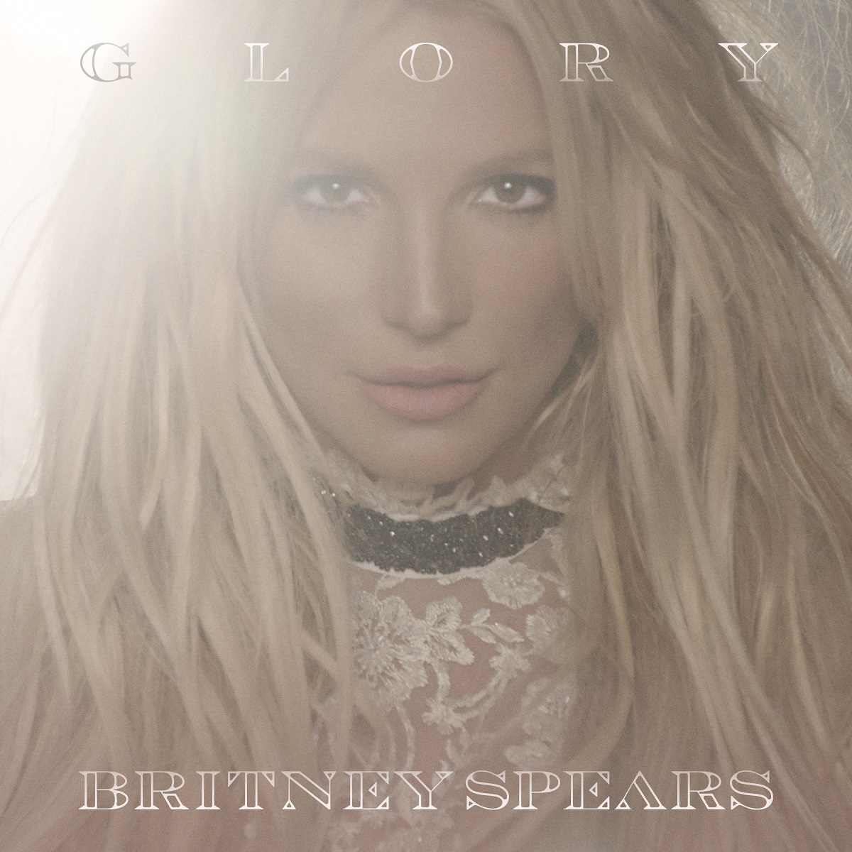 ブリトニー・スピアーズ『グローリー』(原題: Glory)