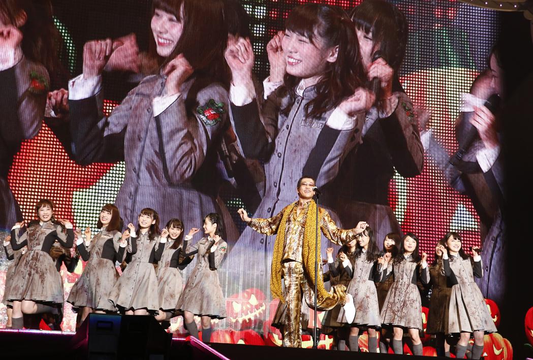 ピコ太郎&欅坂46 PHOTO:山内洋枝
