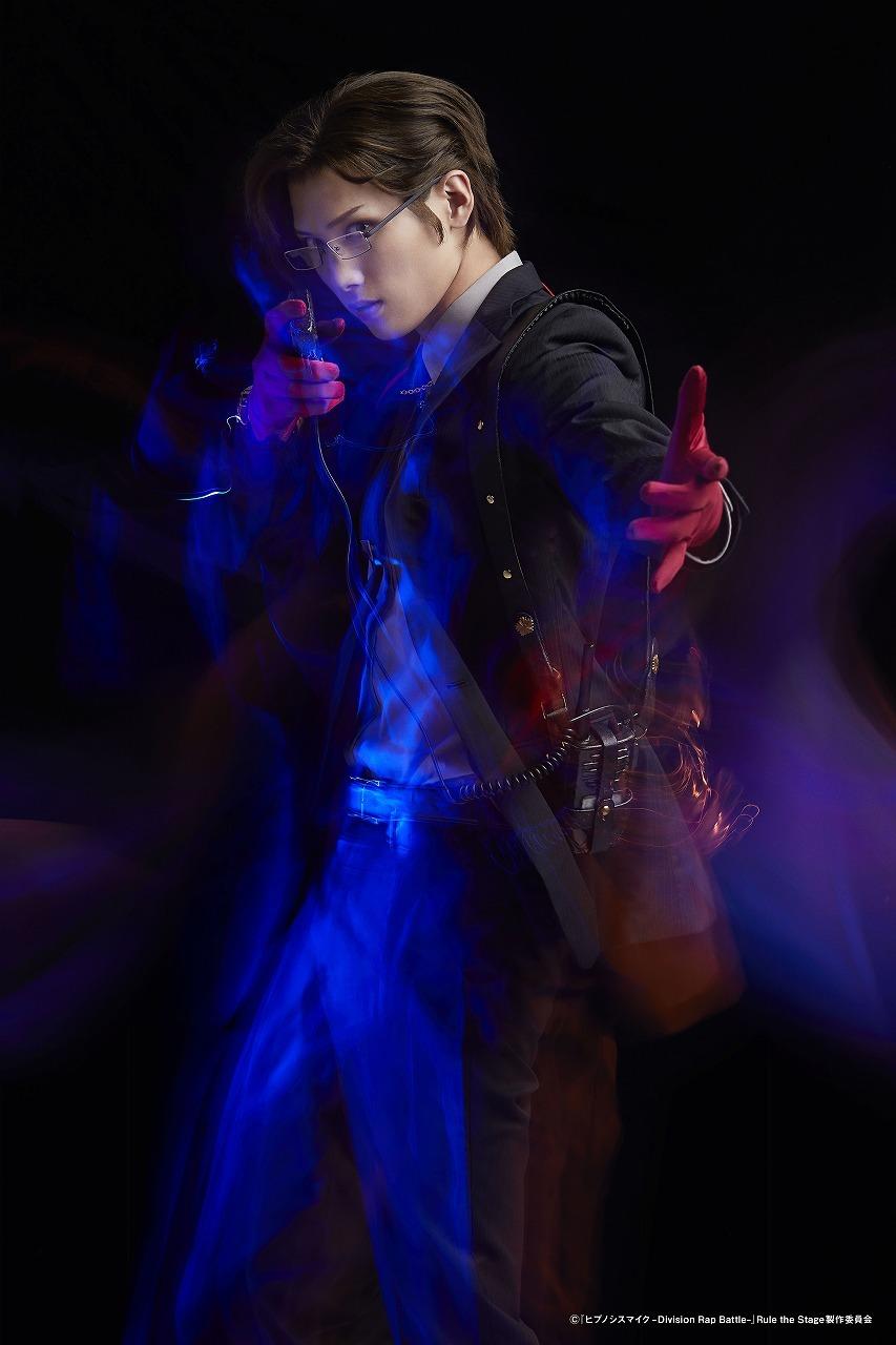 入間銃兎:水江建太  (C)『ヒプノシスマイク-Division Rap Battle-』Rule the Stage 製作委員会