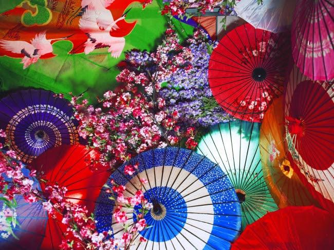 (C)mika ninagawa,Courtesy of Tomio Koyama Gallery