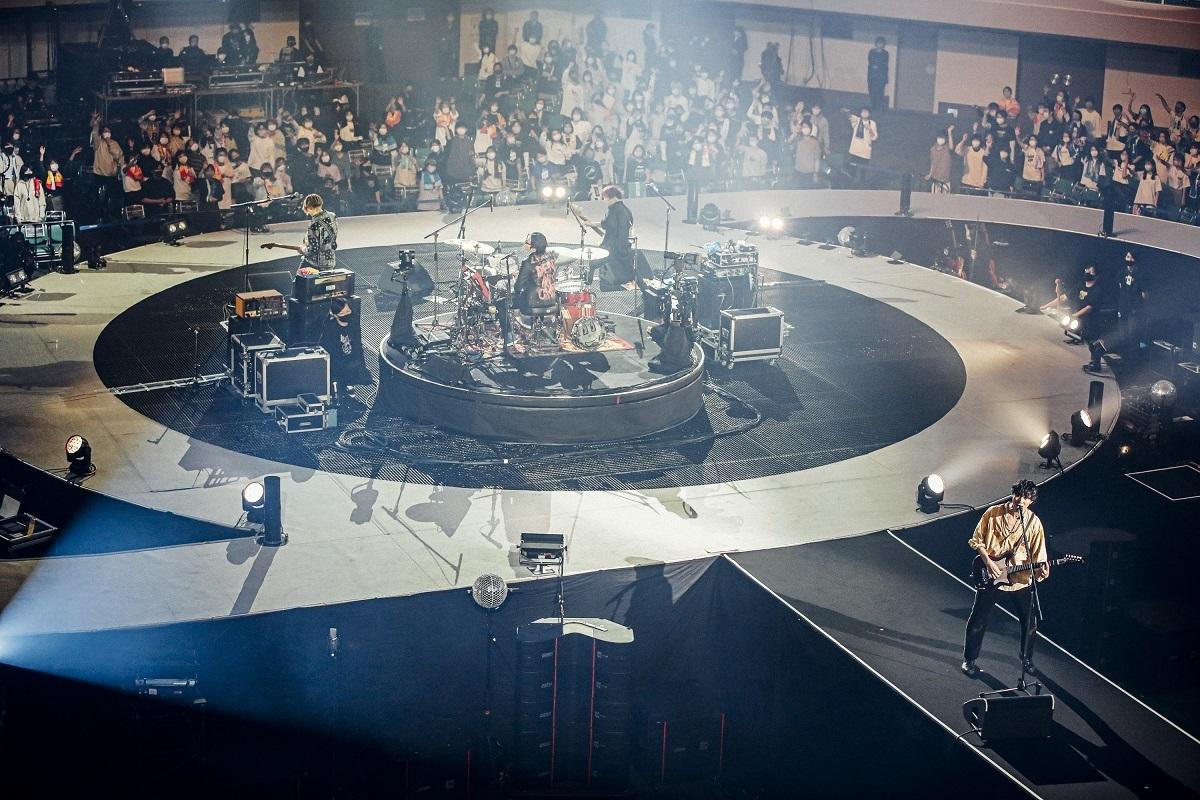 『ROAD TO AMAZING BUDOKAN TOUR 2020 -FINAL-』2020.11.23 日本武道館 撮影=西槇太一